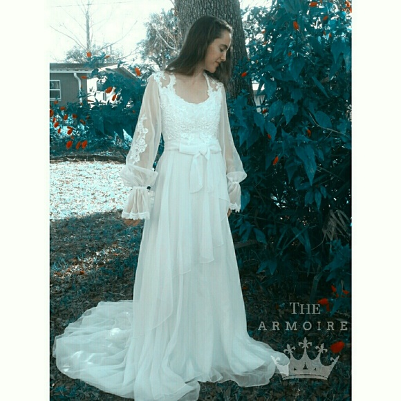 66295ba69e348 Alfred Angelo Dresses   Vintage Alfred Angilo Wedding Gown Edythe ...